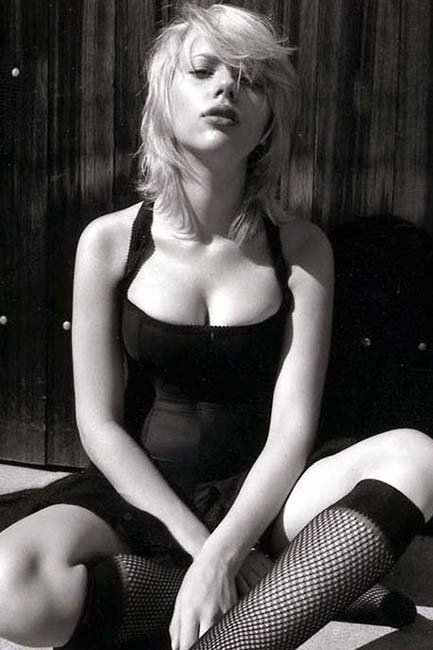 Scarlett Johansson Black