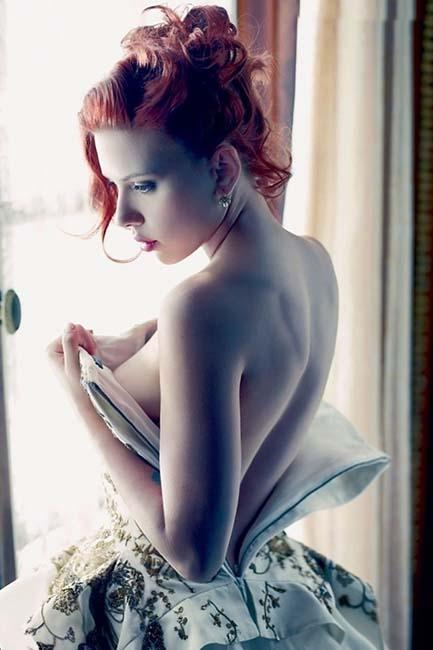 Scarlett back